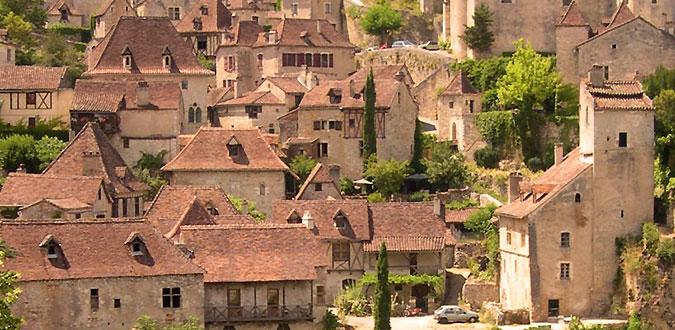 Lascombes mat riaux anciens sud ouest pr s de sarlat en for Beaux villages yvelines